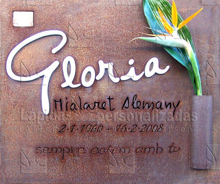 Lapida para Gloria