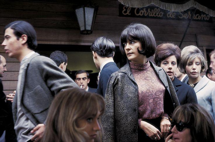 Gonzalo Juanes: una mirada en color reivindica el trabajo de uno de los fotógrafos más vanguardistas de España