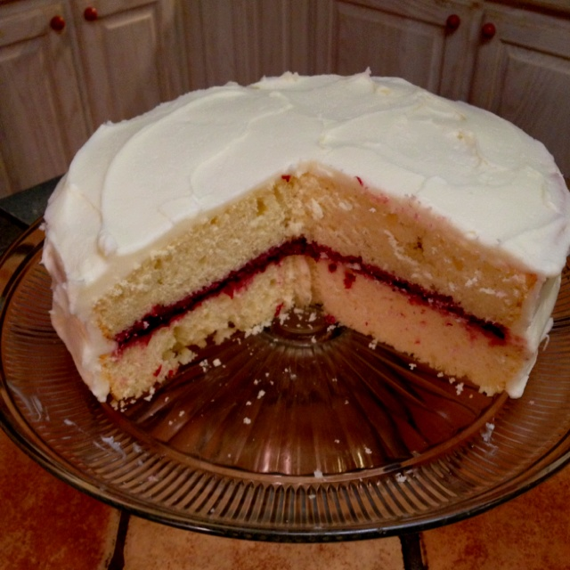 Yummy layer cake with blackberry filling (sugar-free blackberry jam a la Brian Starr) and vanilla-almond buttercream frosting.  I love playing with Southern Living recipes!
