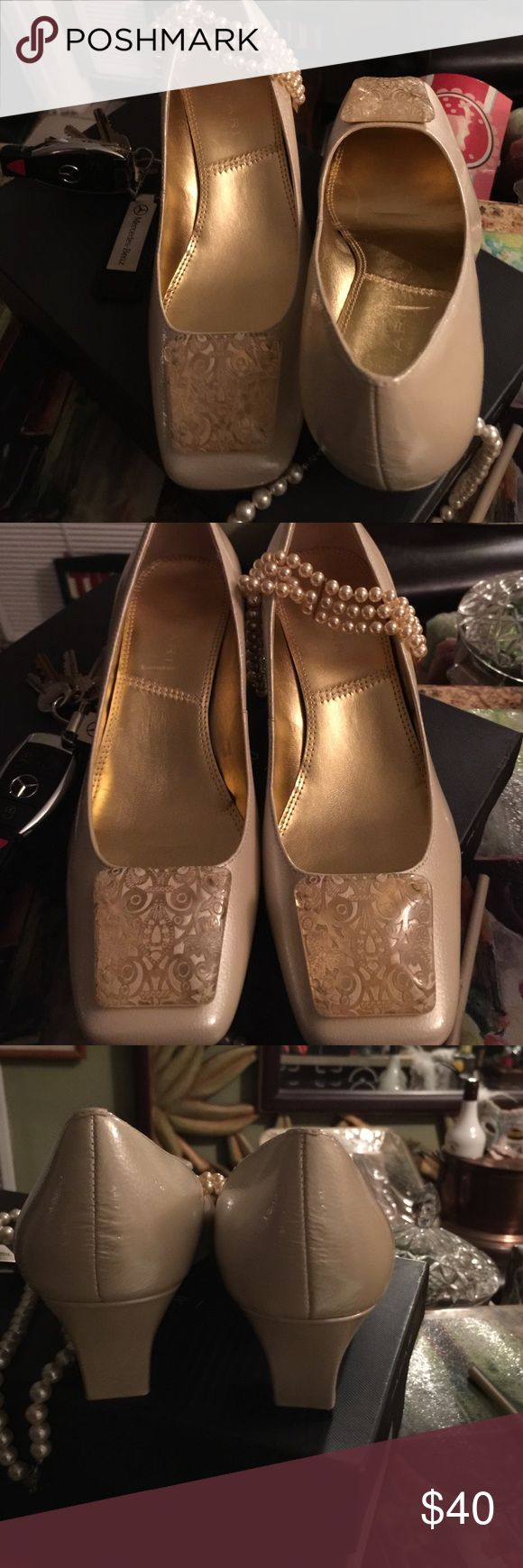 """Ladies Shoes New Tahari in original box size 7.5 M cream leather with clear toe stone with gold plated design 2"""" heels Tahari Shoes Heels"""