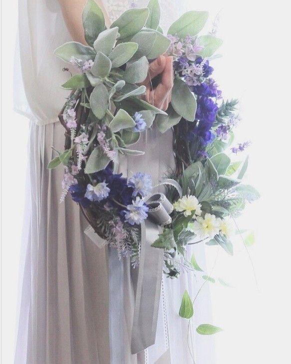 アーティフィシャルフラワー(高品質な造花)でお作りしたリースブーケ♡挙式後もいつまでもキレイに飾れます♡本物そっくり♡もちろんリースとしても飾れます♡ラベンダーや多肉などナチュラルな感じに‥オシャレな花嫁さまにピッタリです♡サイズ 縦約60㎝ 横約45㎝☆ブートニアもご希望の場合 追加料金1000円で制作させて頂きます