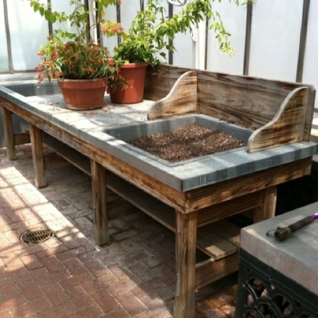 Potting bench with dry sinks