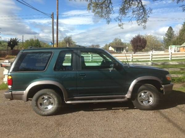 Ford Explorer Sport $3900: < image 1 of 4 > 1997 ford explorer sport VIN: 1FMCU22X1VUB94024condition: goodcylinders: 6 cylindersfuel:…