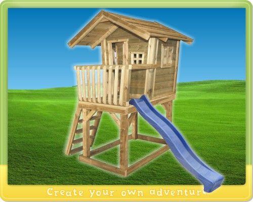 Spielhouse Wickey Fun House Dieses Spielhaus auf Stelzen hat eine extra breite Leiter mit lachen Sprossen, so dass die Bewohner die Terrasse einfach betreten können.