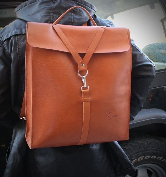 Custom backpack. Color natural Leather. Desing Ludena by Ludena