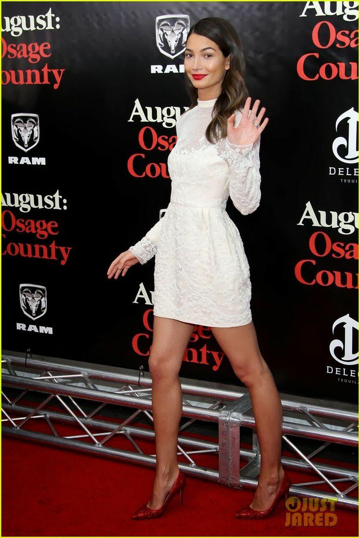 """Celeb Diary: Lily Aldridge & Caleb Followill la premiera """"August: Osage County"""" in New York"""