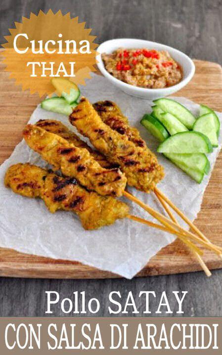 Chicken Satay con salsa di arachidi