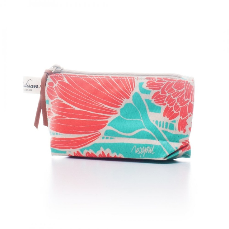 Accessories: Petite Organizer Orange Salmon $15