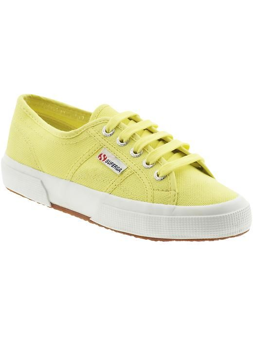 Superga 2750 Cotu Classic Sneaker in Limelight