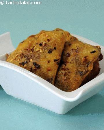 Kand Na Bhajia ( Gujarati Recipe)   Pakodas / Bhajias recipes   Deep Fried Snacks   Snacks   Tarladalal.com