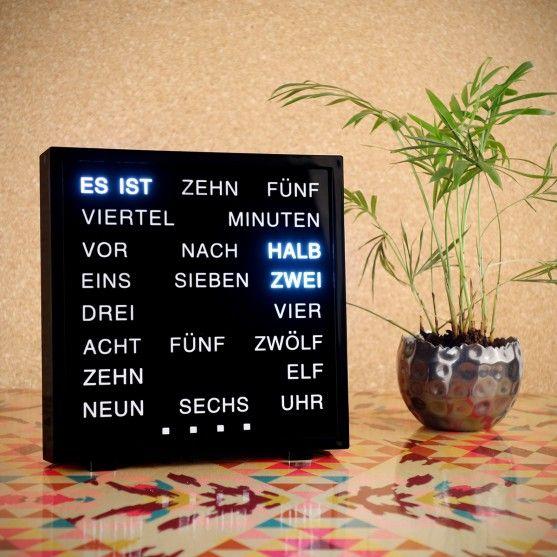 Deko - LED Word Clocks - Tolle Uhr mit englisch- bzw. deutschsprachiger LED-Matrix.