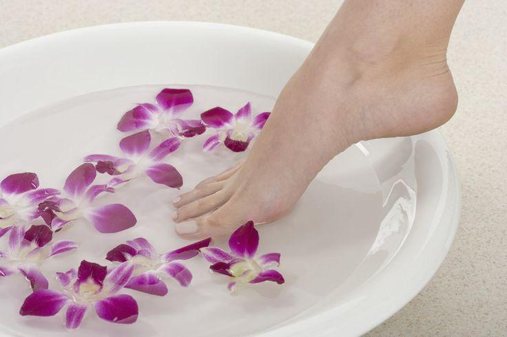 Med. Fußpflege Schnelsen in Rellingen bietet professionelle medizinische und kosmetische Fußpflege für Ihr Wohlbefinden und gesunde Füße.
