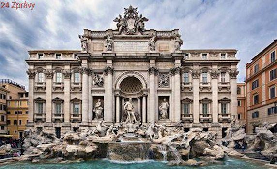 Řím se chystá na nápor turistů u fontán. Koupání zakázal pod přísnými pokutami