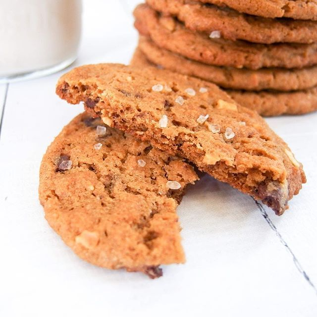 Salted Peanut Butter Cup Cookies With Kodiak Cakes Yumm