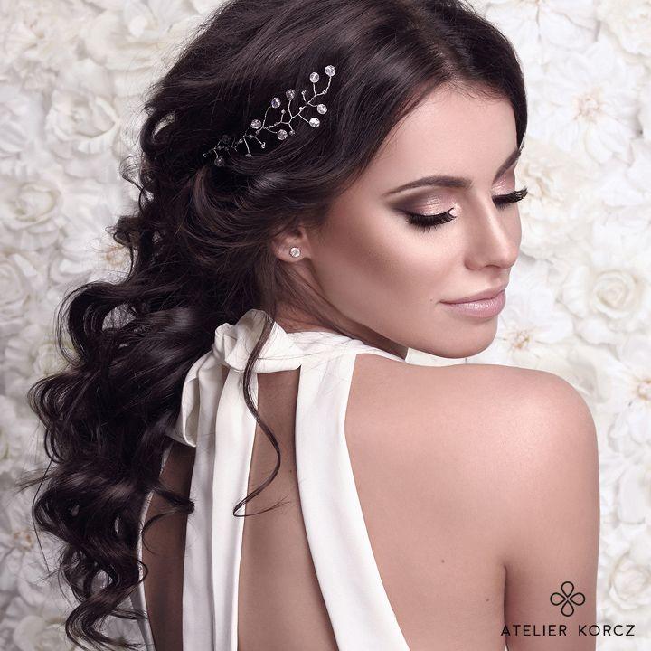 Princess like, amaizing, simple yet elegant wedding make up by atelierkorcz.com. Gorg hair by hairbyjul.pl  #wedding #makeup #hair #bride #eyemakeup #pink #elegant #simple #chic #updo #bun #brunette #glow