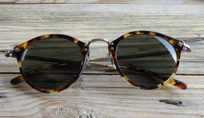 Catawiki online auction house: Oliver Peoples - Sunglasses - Unisex