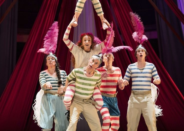 Win tickets to see Jacqueline Wilson's Hetty Feather!
