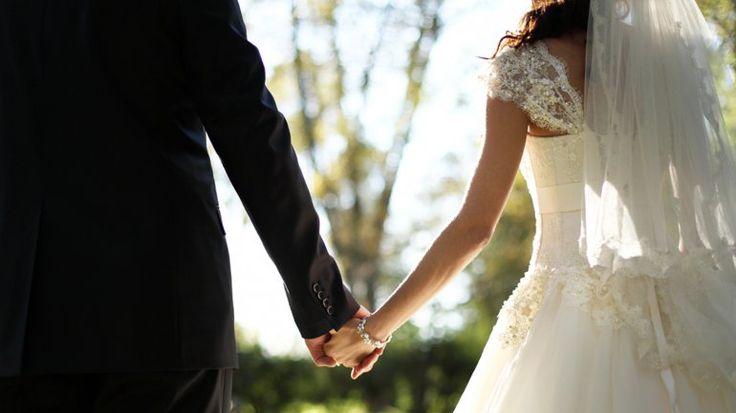 Cuánto tiempo debe esperar una pareja para casarse - Infobae http://www.infobae.com/2016/03/15/1797118-cuanto-tiempo-debe-esperar-una-pareja-casarse