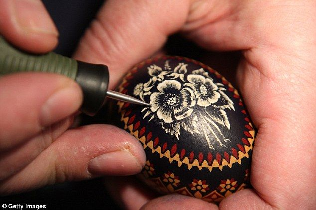 Sorbian traditions have been preserved over the years, such as decorating Easter eggs, which dates back to the 17th century. Easter eggs that include visual elements intended to ward off evil