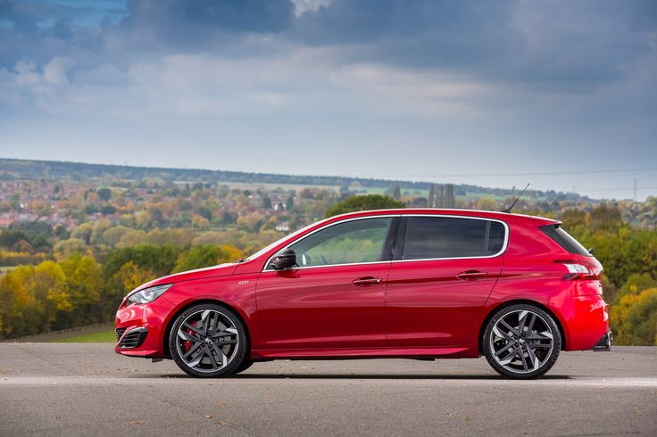 To meet the exacting requirements of those who demand an exhilarating driving experience, the GTi version of the 308 has been developed by fellow enthusiasts - the Peugeot Sport engineers.