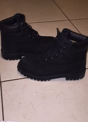 Timberland noires pointure 38