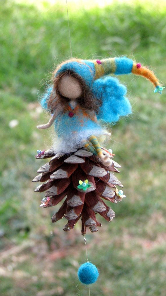 Aguja de fieltro móvil Waldorf muñeca turqouise por Made4uByMagic