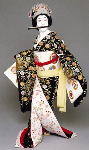 National Living Treasure of Japan as an Kabuki actor, BANDO Tamasaburo 五代目坂東玉三郎