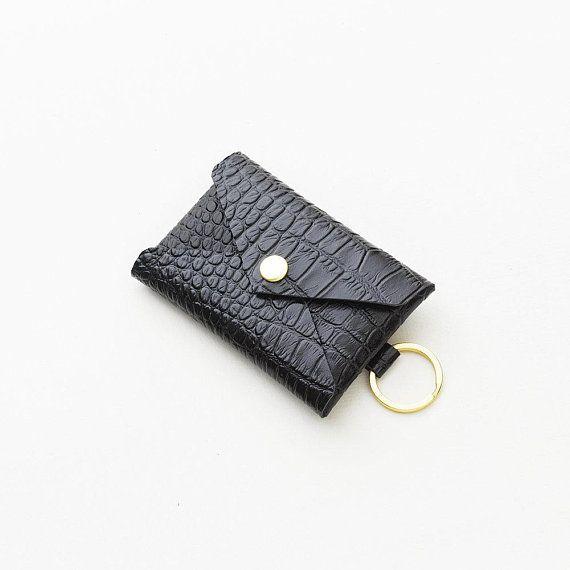 Crocodile Embossed Leather Keychain Wallet Business Card Etsy Leather Keychain Wallet Keychain Wallet Leather Keychain
