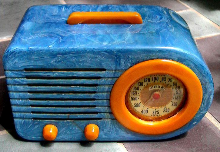 Fada bullet blue art deco radio