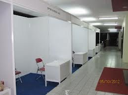 KAMI GN EXHIBITION YANG BERGERAK DIBIDANG JASA PEMBUATAN DAN PENJUALAN PARTIS PAMERAN, STAND,BOOTH,PANGGUNG, PERLENGKAPAN PAMERAN UNTUK BERBAGAI ACARA (PAMERAN, LAUNCHING, SEMINAR, EXHIBITON, DLL) Lippo Karawaci Tangerang, Indonesia 15811. TLP: 021-7046-3227, 021-9447-0780