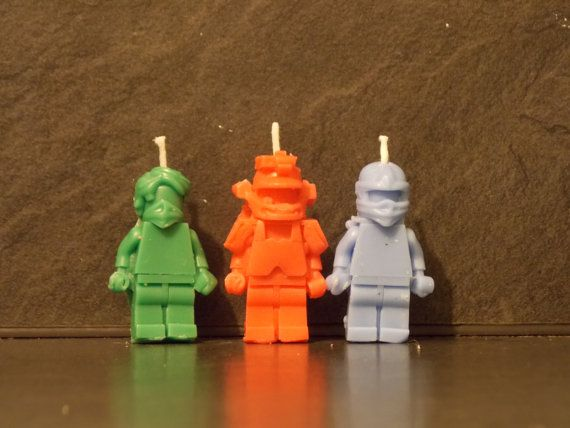 You are buy a set of 6 Ninjago candles, you will receive 2 of each candle. 2 red 2 green and 2 blue