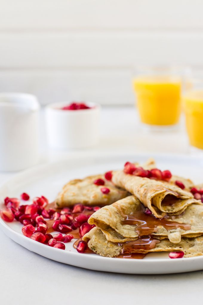Crepes! Just one of the delicious recipes in this ultimate pancake recipe roundup. | via The Healthy Maven