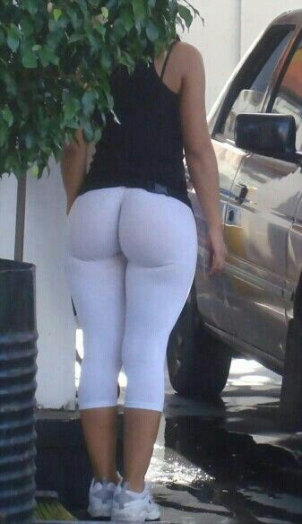 Hot Cheerleader Yoga Pant Porn - You deserve these: Women in Yoga Pants/Leggings NSFW Pics] - Bored be gone.