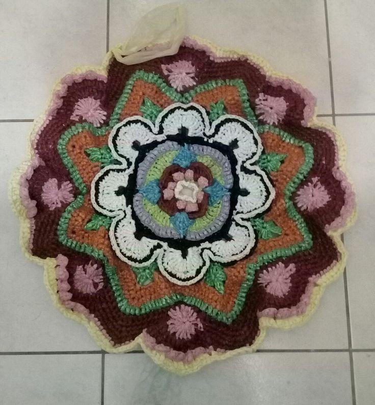 Χαλάκι από πλαστικές σακούλες.  Crochet Plastic bag to door mat mandala design