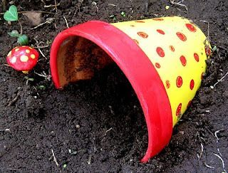 a few ideas for toad house via blogspot.com