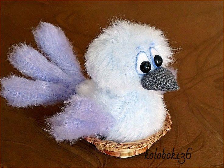 Птаха. Авторская игрушка, связанная крючком. Описание можно найти на Ярмарке…