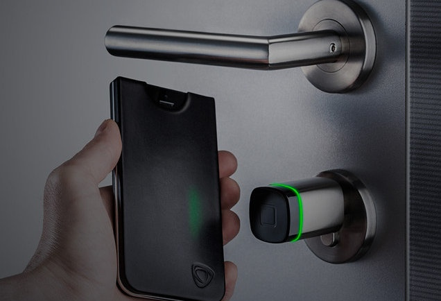 CalypsoKey  A phone case that'll get you places