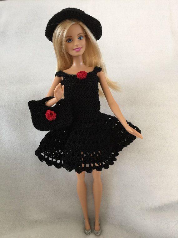 Robe pour poupée de Barbie au crochet avec un par PeggysCreations99