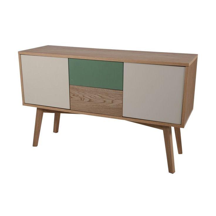 Maak je woon- of slaapkamer helemaal af met dit Helvig dressoir van Butik.