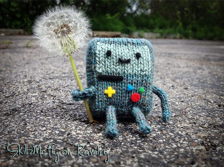 Adventure Time Knitting Patterns : Pocket Beemo pattern! #adventuretime Adventure Time #knitting Projects to T...