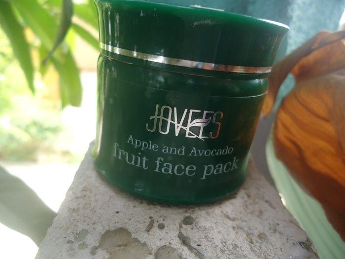 #Jovees #SkinRejuvenation #Fruit #Facial #Kit #Review #price and details on the blog #apple #avocado #Fruit #Face #Pack