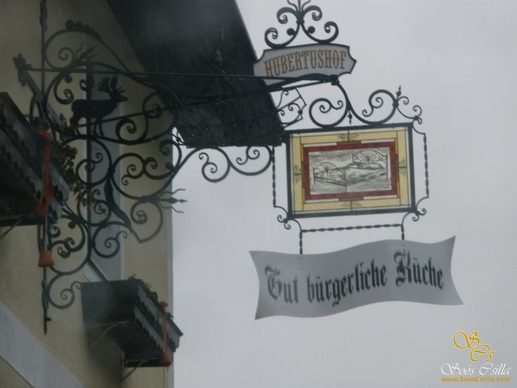 Bunte Wappen Logos Firmenschilder aus Bleiglas  http://at.sooscsilla.com/portfolio/bunte-wappen-logos-firmenschilder-aus-bleiglas/ http://at.sooscsilla.com/herstellung-von-bleiglasfenster-und-bleiglastueren-fuer-privat-und-unternehmen/
