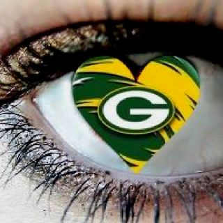 Green Bay Packers #Packers #Cheeseheads #GreenBay [Follow WisconsinHouses for more local pins]
