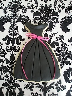 This is actually a cookie, but a pattern could be made:  crimp the skirt....