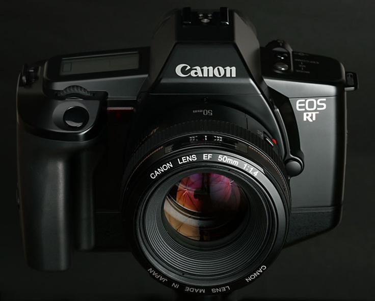 N°7: L'EOS RT a été commercialisé en Europe en Octobre 1989.