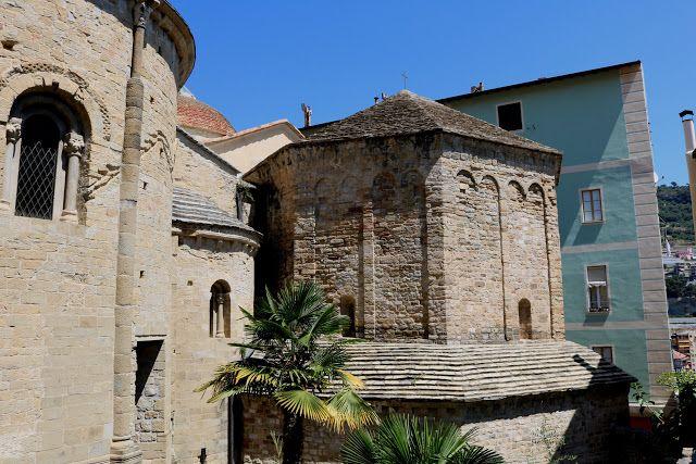 Ventimiglia (IM) - Battistero di San Giovanni Batt...