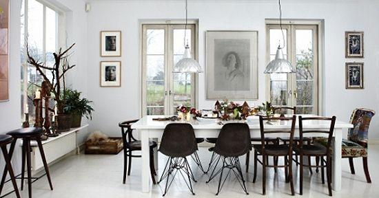 Christmas table setting Eames chairs