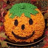 A bunch of fun Halloween rice krispy treats! Can't wait to make these with the kids!