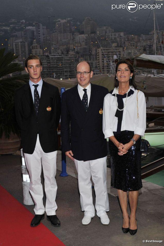 Albert de Monaco, Pierre Casiraghi et Caroline de Monaco au lancement de la Monaco Classic Week-La Belle Classe. Le 14 septembre 2011