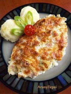 Ezt a finom csirkés ételt először Tesóméknál kóstoltam, mikor egy névnap alkalmából ebédvendégek voltunk náluk. Tesóm Párja bacon szalonnáva...